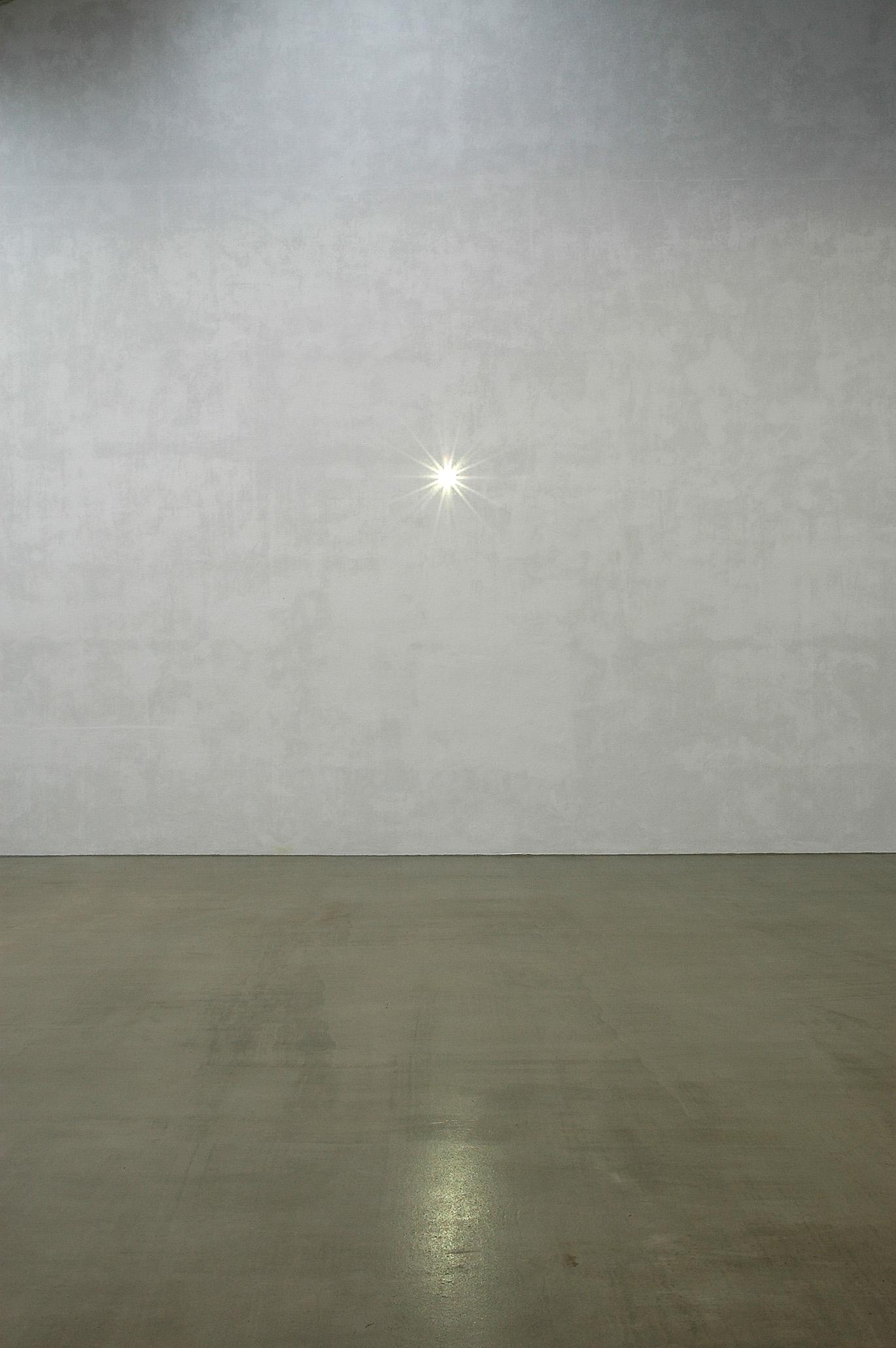 Carsten Nicolai, Inver, 2005. Courtesy: Galerie EIGEN + ART Leipzig/Berlin e The Pace Gallery. Photo: Uwe Walter, Berlin.