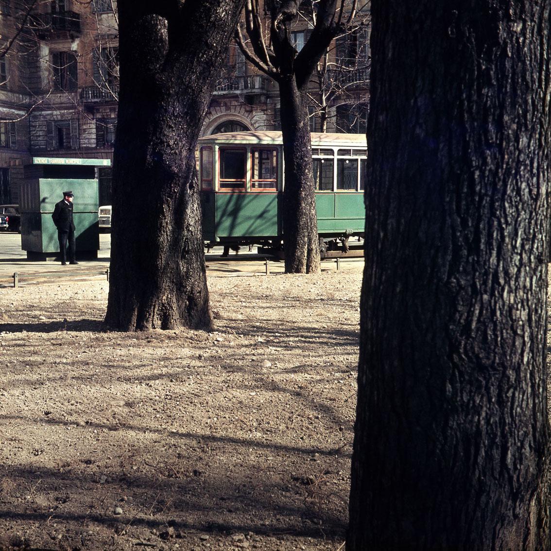 Cesare Colombo – Via Legnano, capolinea del tram 14, Milano 1958