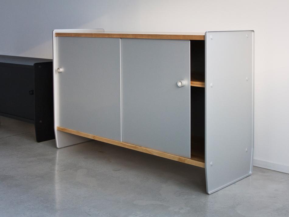 Salone del Mobile Theca, design di Ronan and Erwan Bouroullec per Magis