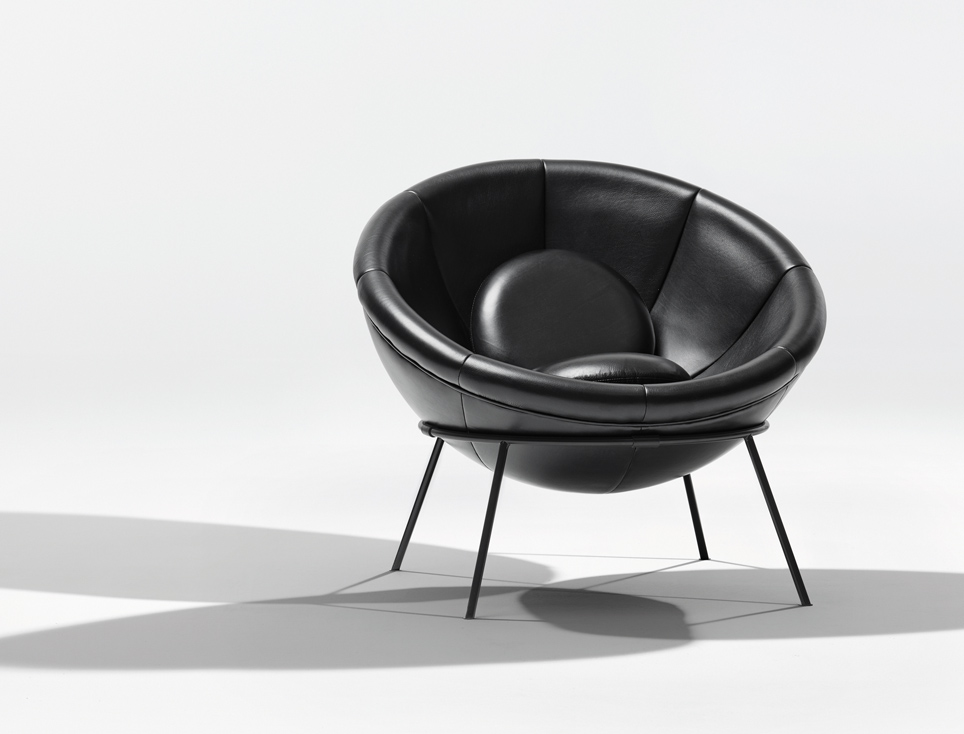 Klat_Bardi's_Bowl_chair_02