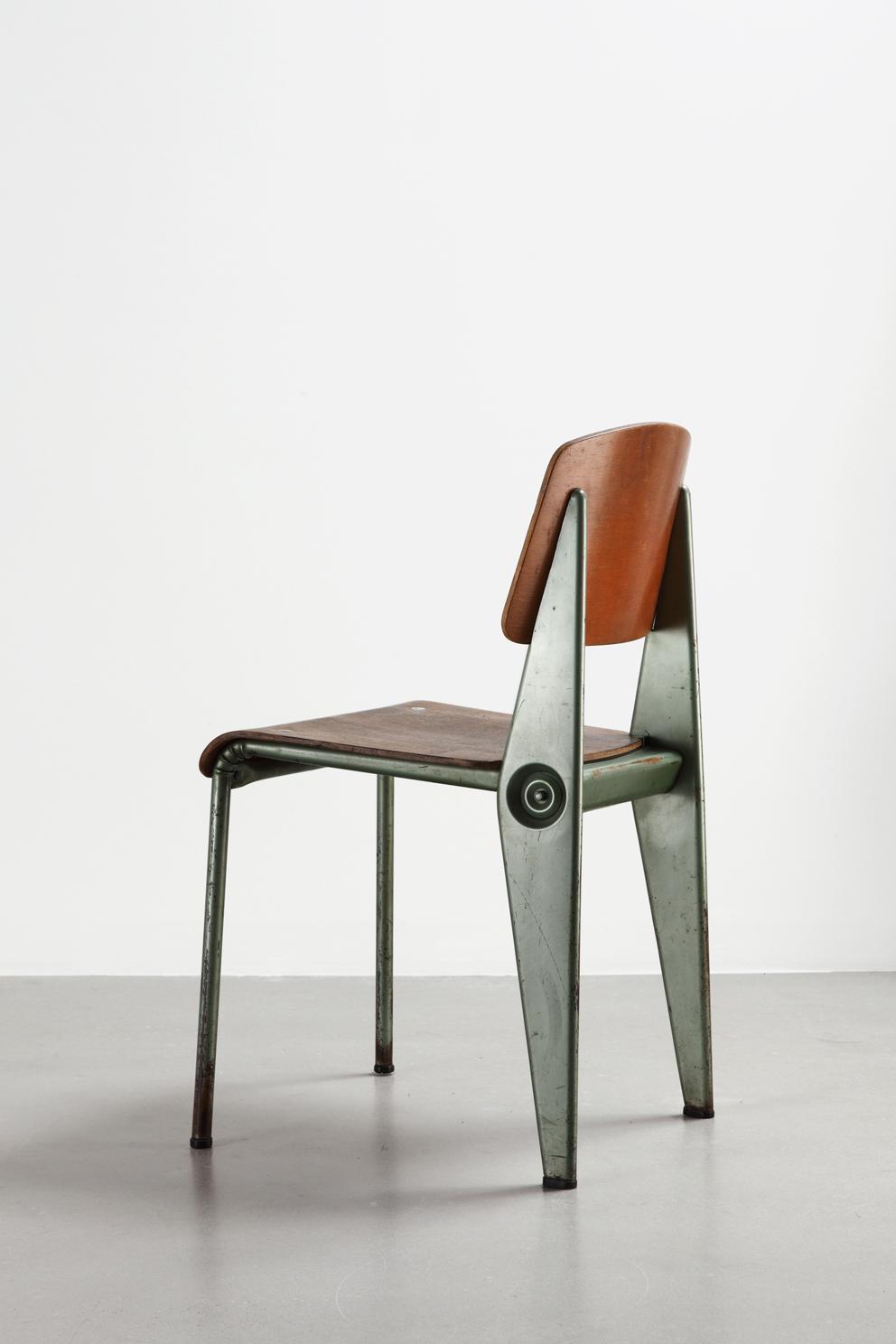 "Jean Prouvé, ""Cafétéria N ° 300 sedia smontabile, ca.1950."