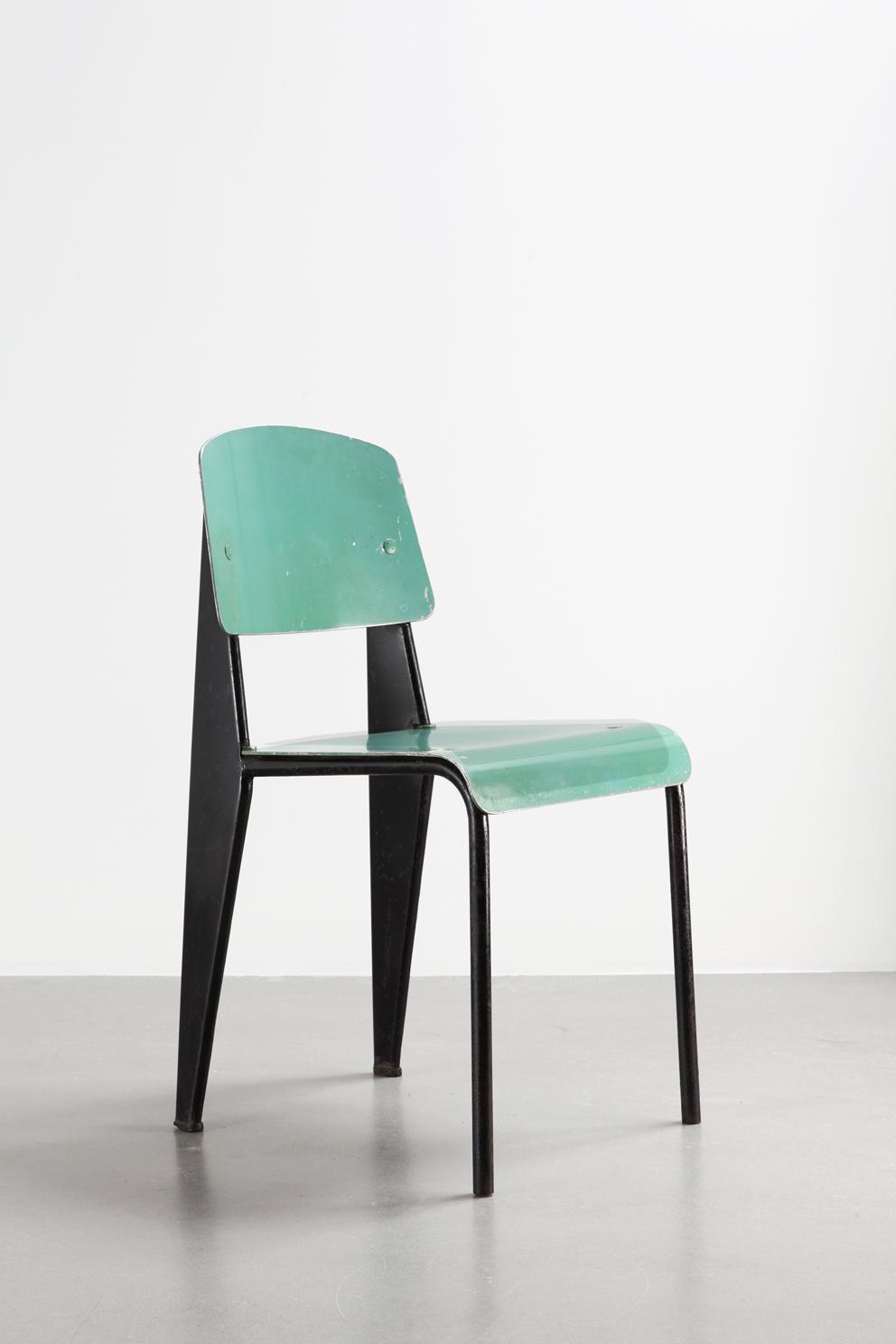 Jean Prouvé, Métropole sedia n.305, versione con sedile e schienale in alluminio, ca. 1953.