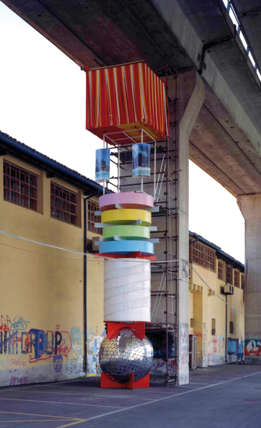 Patrick Tuttofuoco, Grattacielo, 2000.