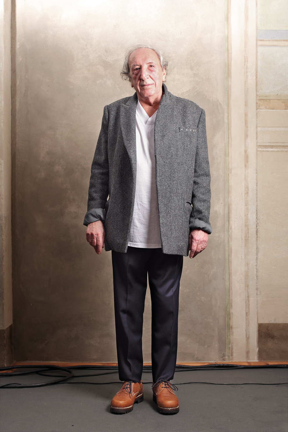 Vittorio Venafra for Fabio Quaranta, Autumn/Winter 2011-2012.