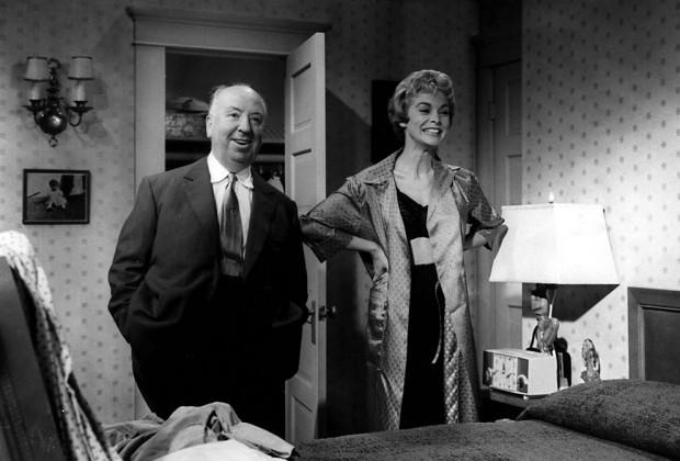 ALFRED HITCHCOCK sul set di PSYCHO, 1960