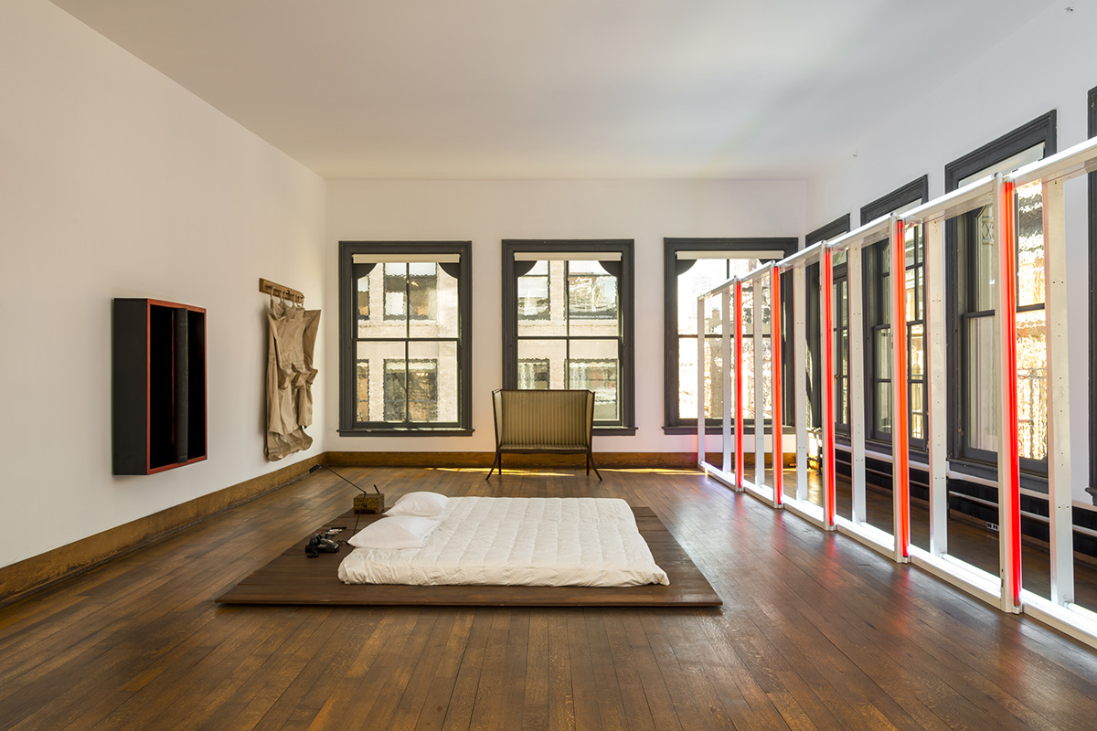 donald judd house studio klat. Black Bedroom Furniture Sets. Home Design Ideas