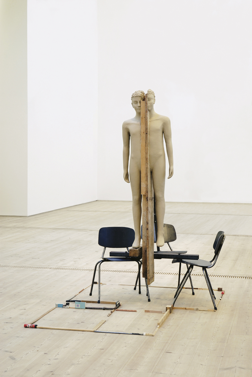 Mark Manders, Unfired Clay Figure, 2005-2006