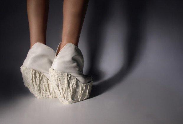 Porcelain Shoes, design by Laura Papp