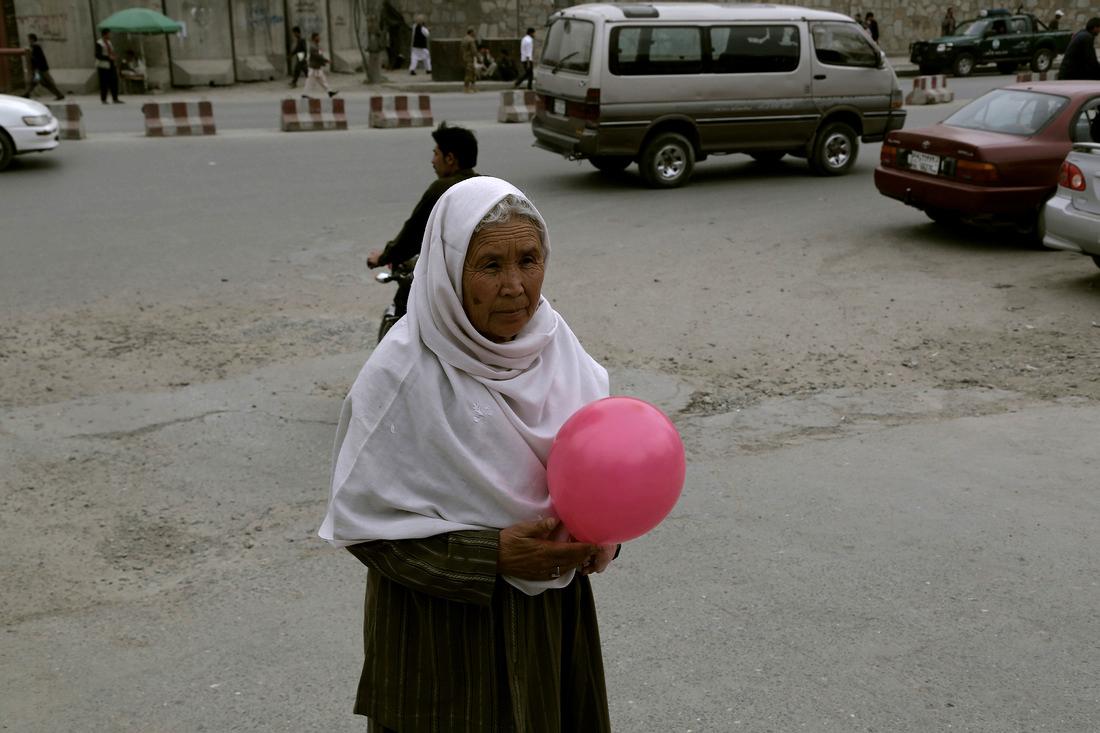 Yazmany Alboreda, Monday Morning, Kabul, 2013