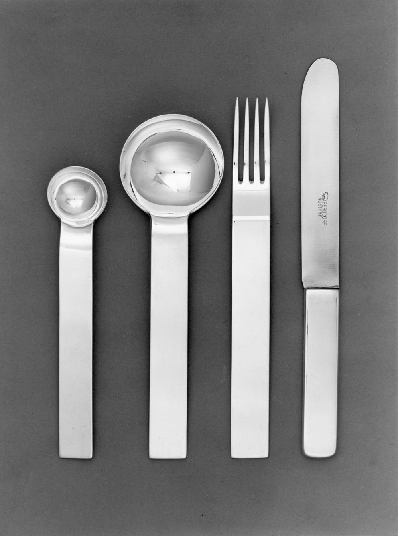 Posate in acciaio per Krupp Bendorf, 1933. Design di Gio Ponti.