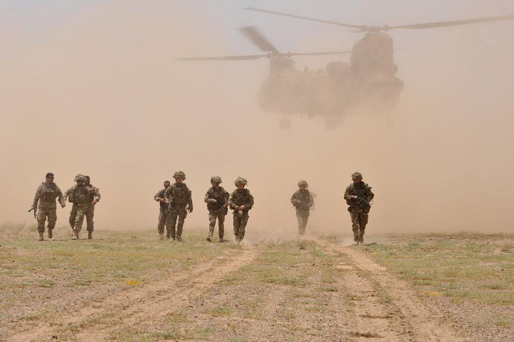 Intervista al caporale caporale Simon Longworth, fotografo militareIntervista al caporale caporale Simon Longworth, fotografo militare