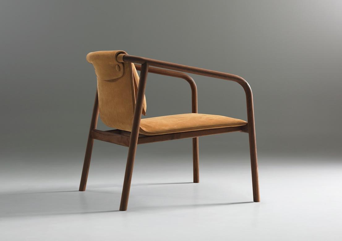 Oslo, una sedia disegnata dallo studio Angell, Wyller & Aarseth per Bernhardt Design
