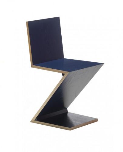 Zig-Zag, design di Gerrit Rietveld per Cassina