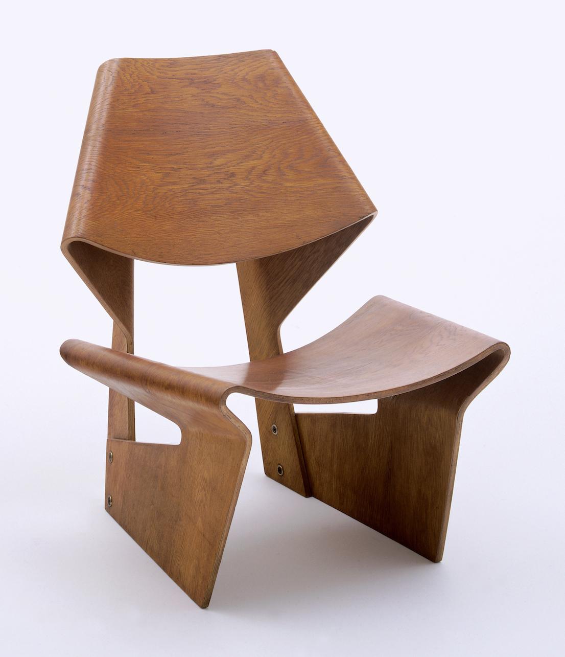 Designing Modern Women 1890–1990, MOMA