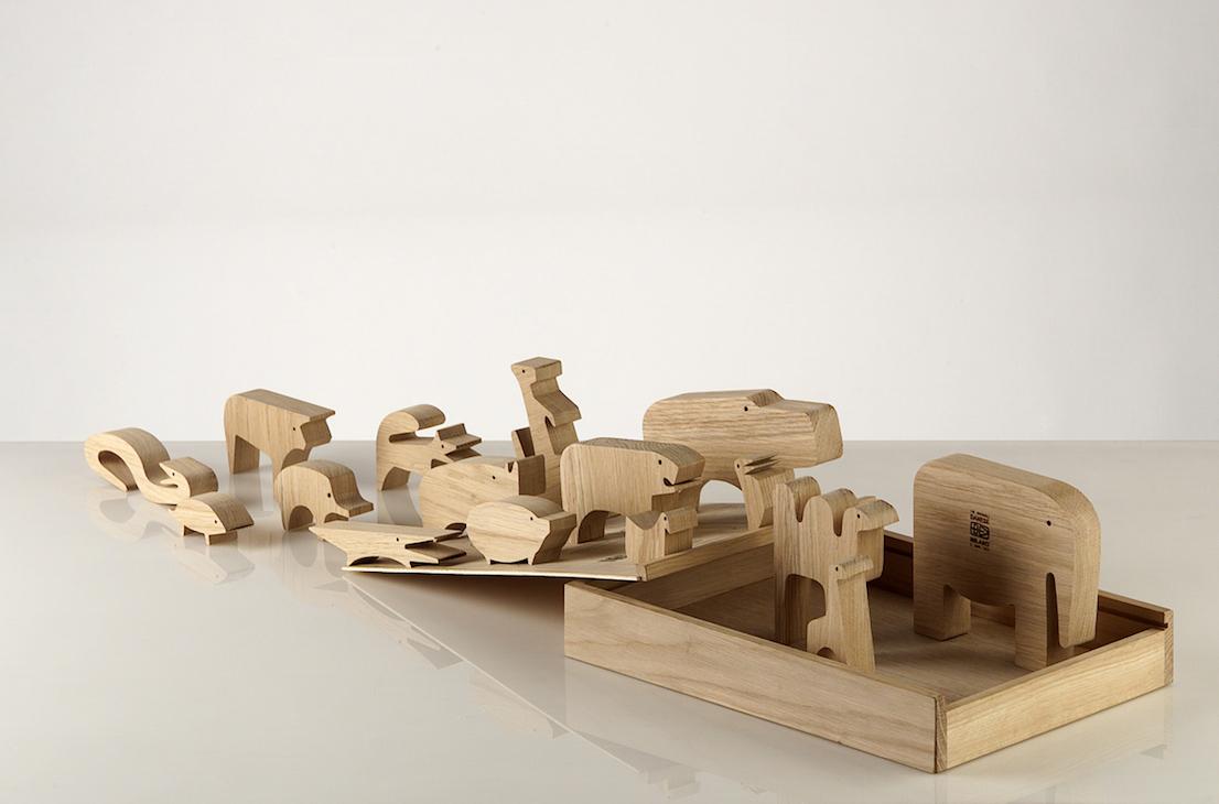 Sedici animali, design di Enzo Mari per Danese