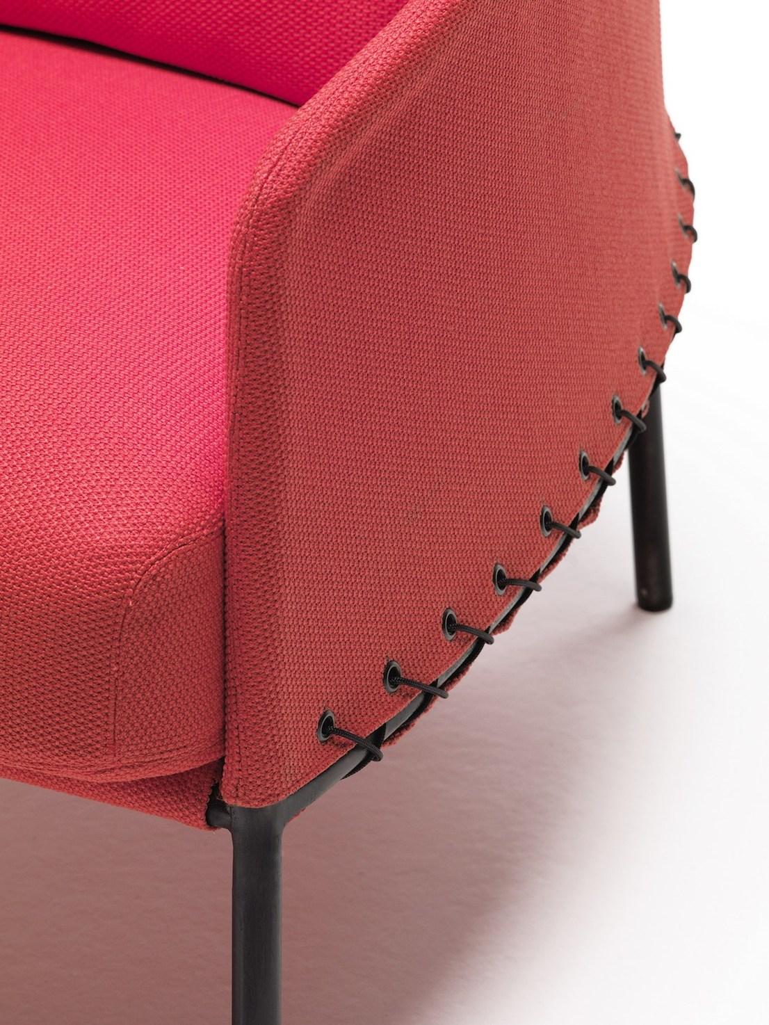 Poncho design di LucidiPevere per Living Divani
