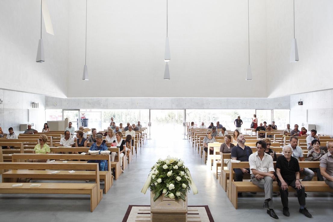 Andate in Pace, Chiesa di San Paolo, Foligno. Domenica, ore 11:08.