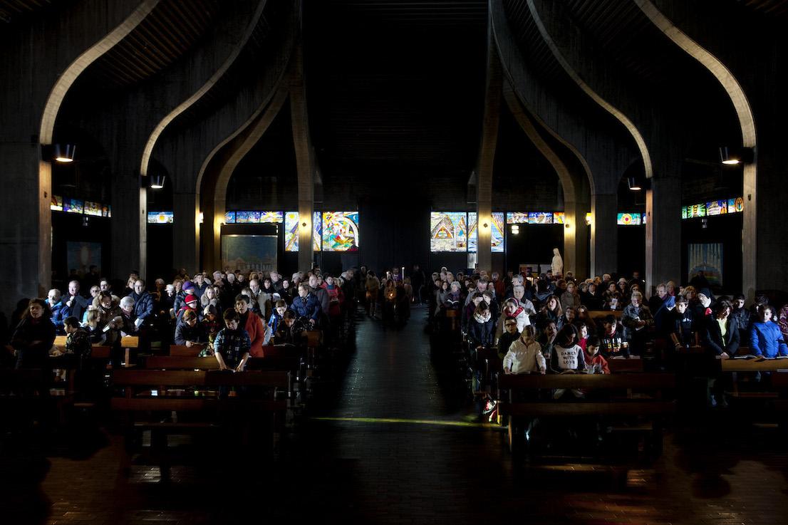 Andate in Pace, Chiesa di San Nicolao della Flue, Milano. Domenica, ore 11:02.