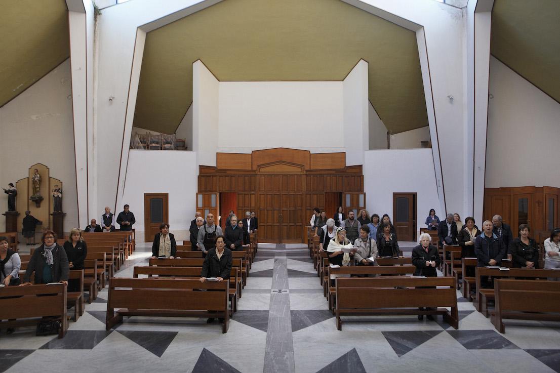 Andate in Pace, Chiesa dello Spirito Santo, Napoli. Domenica, ore 9:39.