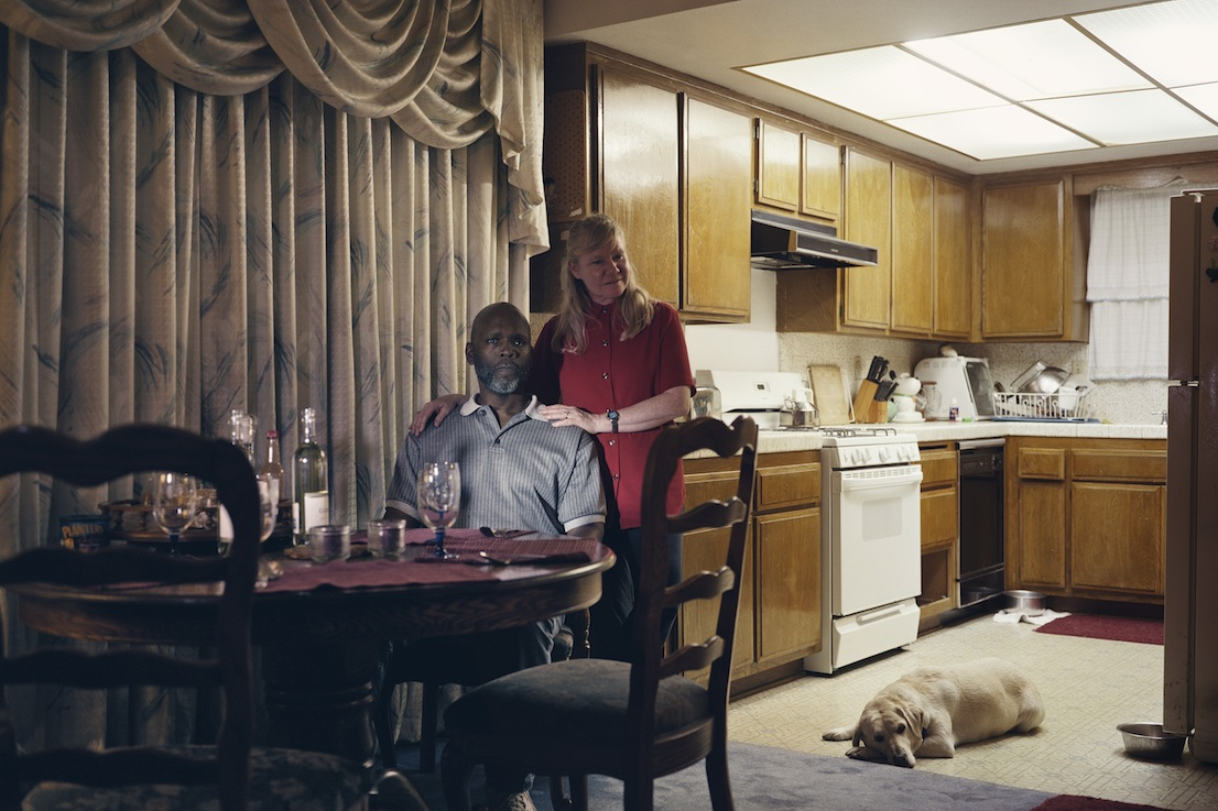 Philip-Lorca diCorcia, Lynn and Shirley, 2008. Courtesy: Philip-Lorca diCorcia, Sprüth Magers, Berlin, London e/and David Zwirner, New York, London.