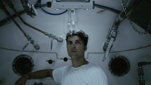 Yuri Ancarani, Piattaforma Luna, 2011, 25 min still da film