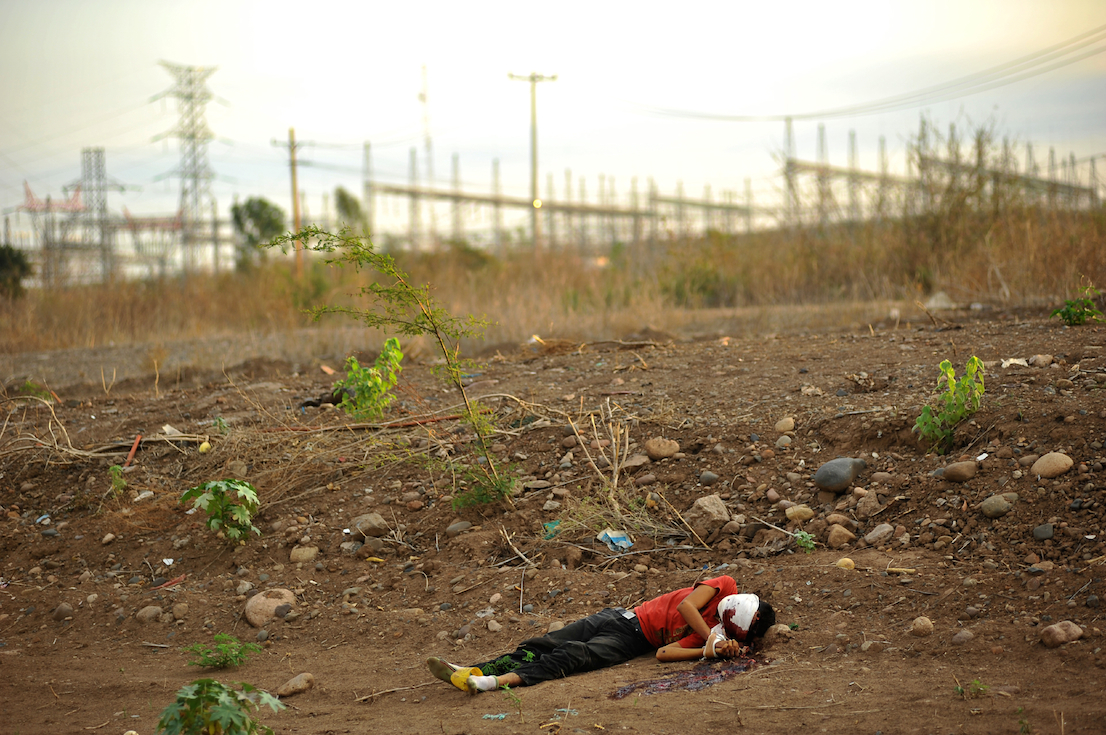 Fernando Brito, Tus Pasos se perdieron con el paisaje, 2010. Courtesy: Agencia Kairos S.L.