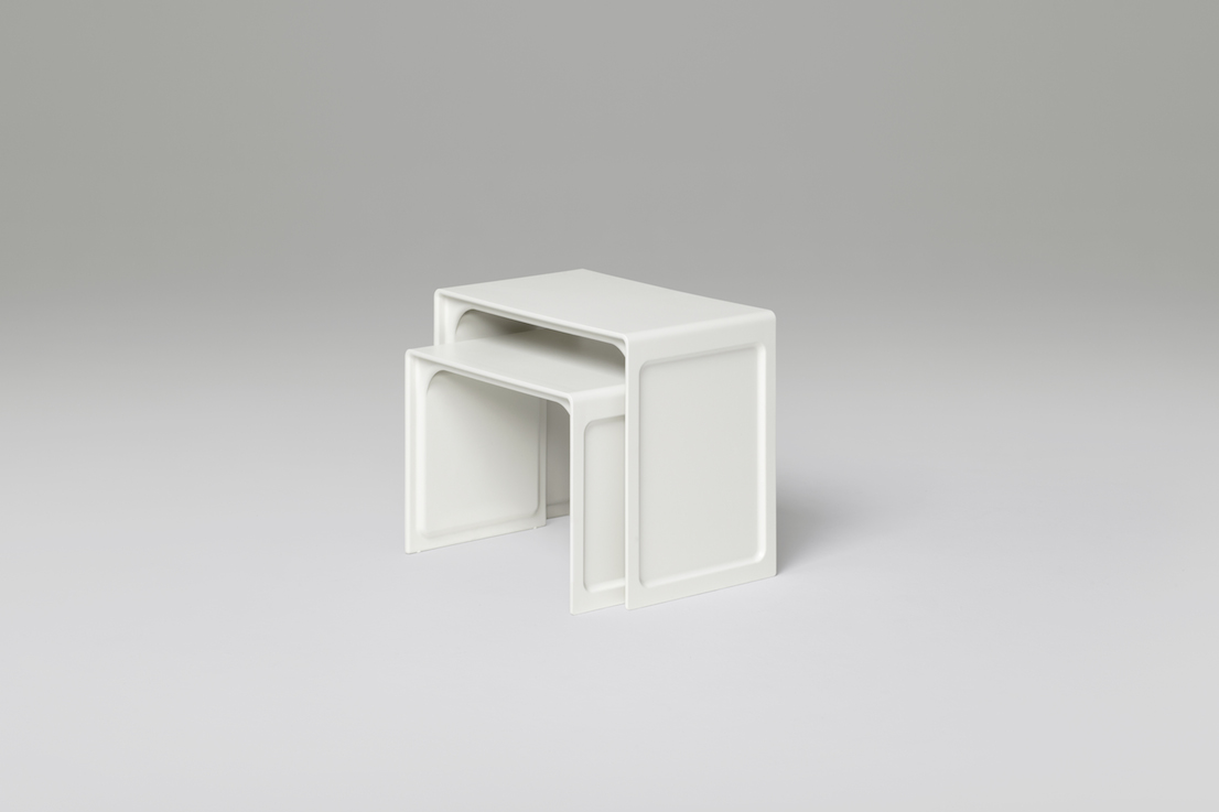 621 Side Table, design di Dieter Rams. Prodotto da Vitsœ.