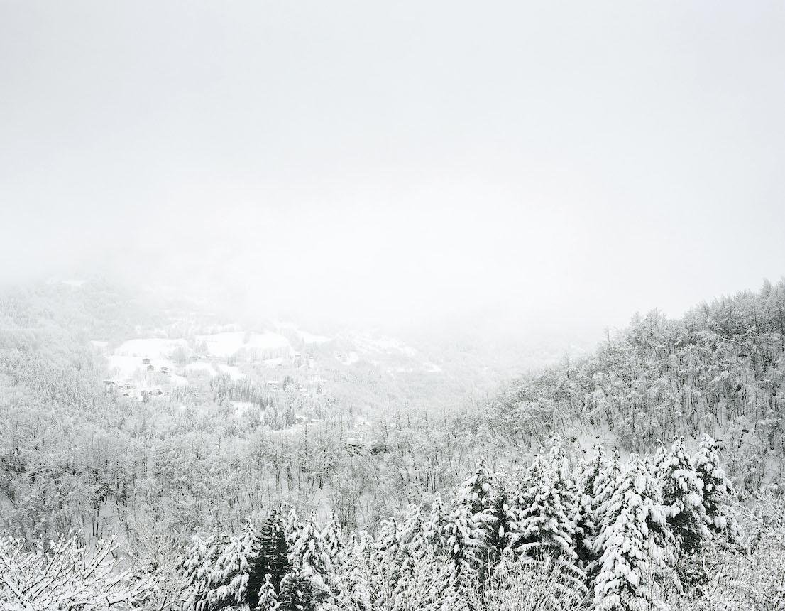 Axel Hütte Fanano, Italia dalla serie New Mountains, 2013.