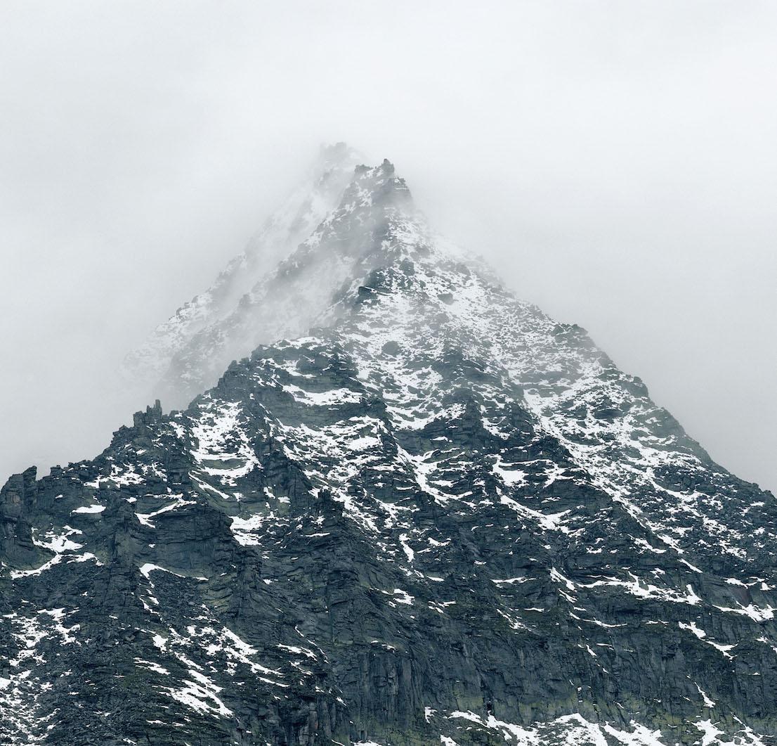 Axel Hütte Totenkopf, Austria dalla serie New Mountains, 2011.