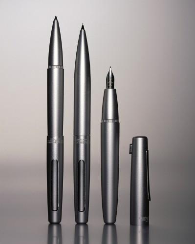 S3, design di James Irvine, 2003.