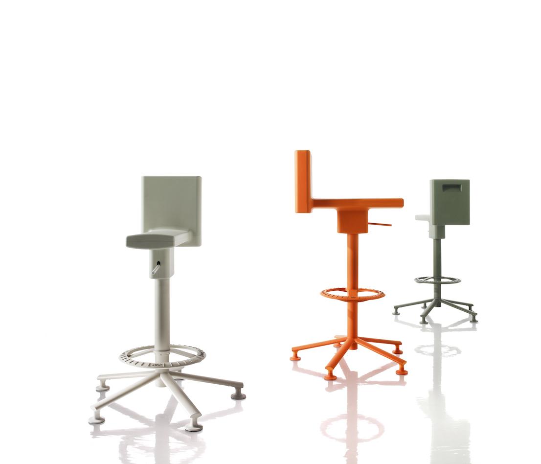 360°, design di Konstantin Grcic per Magis.