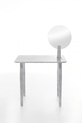 Isa, design di Studio Irvine.