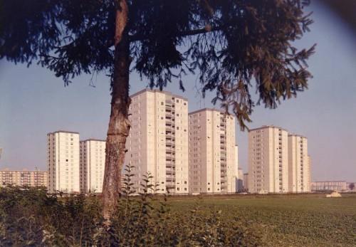 Torri per abitazioni al quartiere Gallaratese, via Borsa 28, 1963/71. Progetto di Vico Magistretti. Courtesy: Archivio Studio Magistretti.