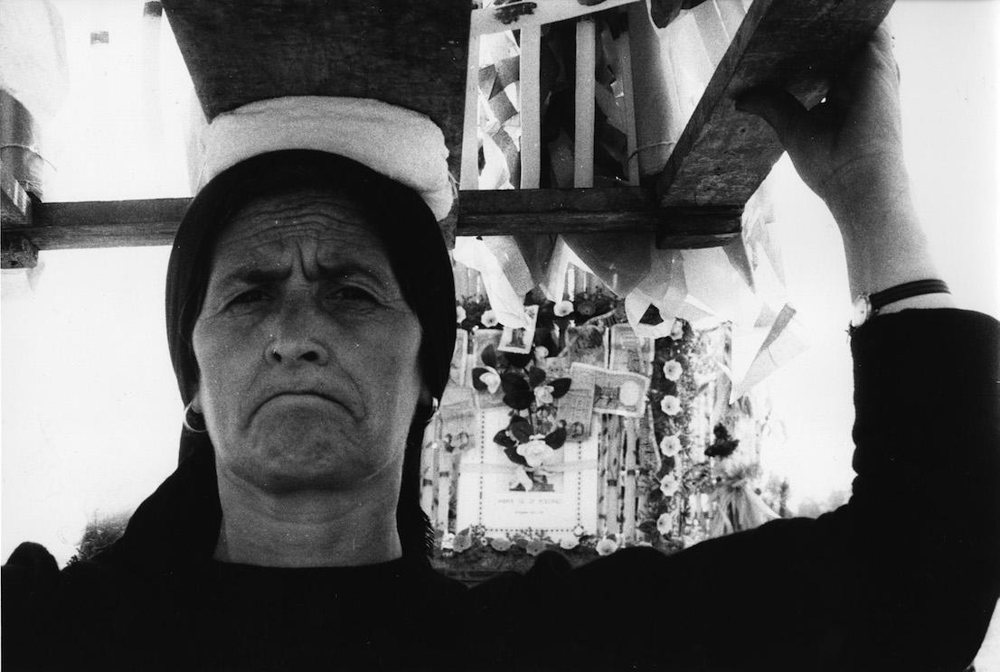 """Lello Mazzacane. San Severino Lucano. Processione alla Madonna del Pollino. """"Il cinto"""", 1973"""