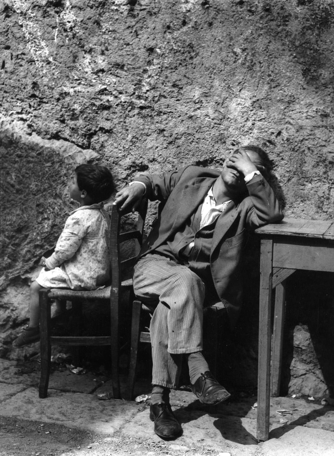 Luciano D'Alessandro. Il disoccupato, Napoli, 1956