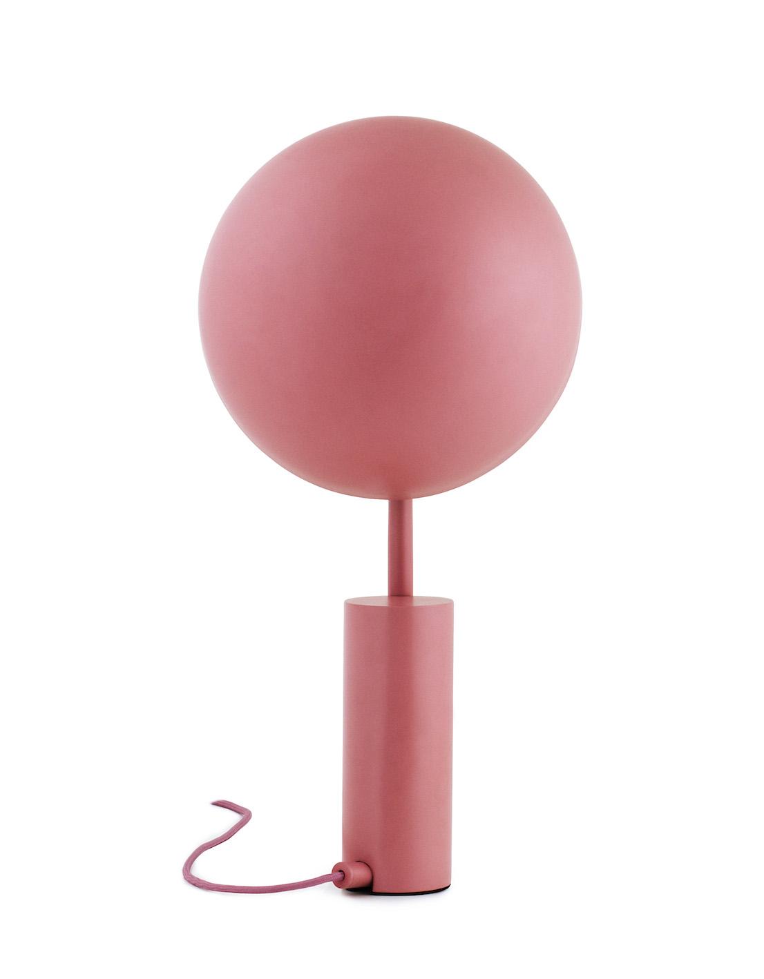 Lampada Cap, design by KaschKasch per Normann Copenhagen.