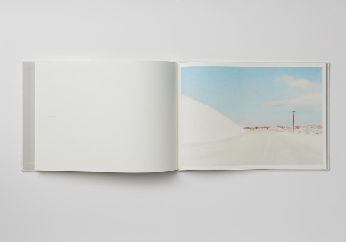 SALT, libro pubblicato dalla fotografa australiana Emma Phillips alla fine del 2013