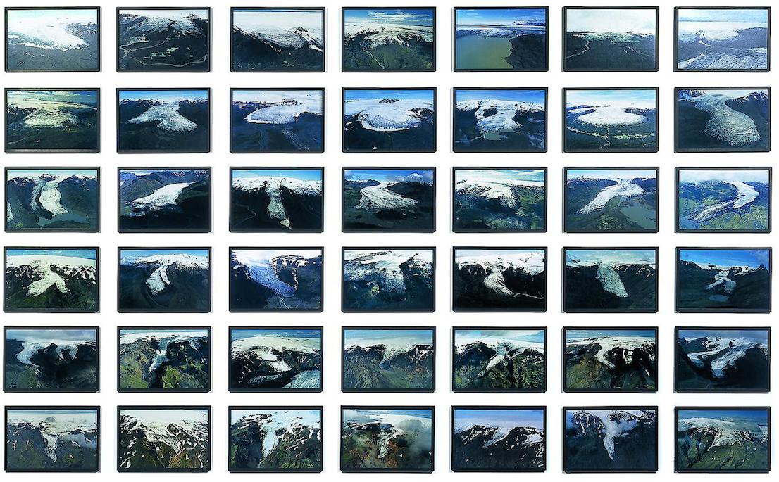 Olafur Eliasson, The glacier series (1999), 42 fotografie a colori. Courtesy of Tanya Bonakdar Gallery.