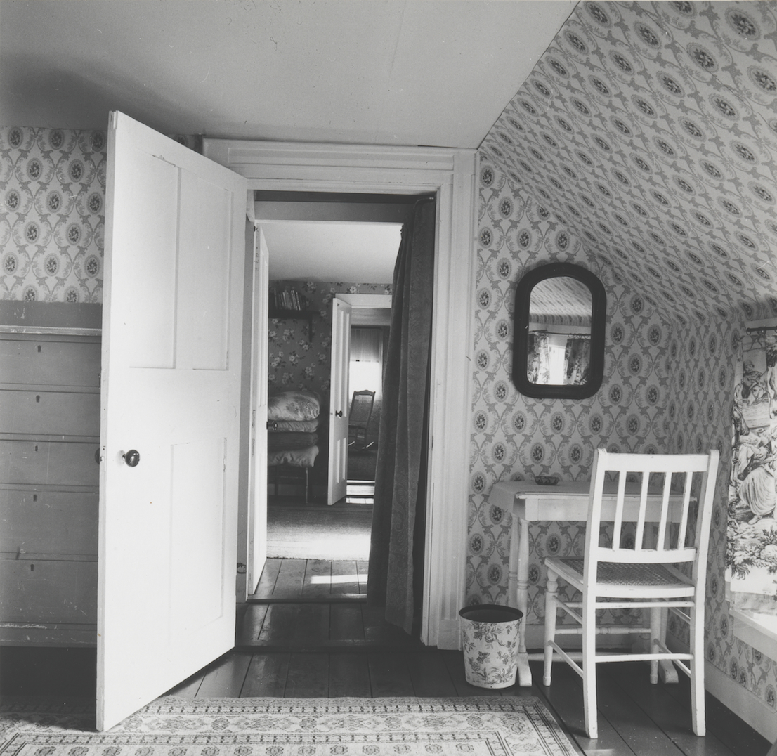 Walker Evans, Interior View of Heliker/Lahotan House Walpole, Maine, 1962. Collection of Clark and Joan Worswick. © Walker Evans Archive, The Metropolitan Museum of Art.