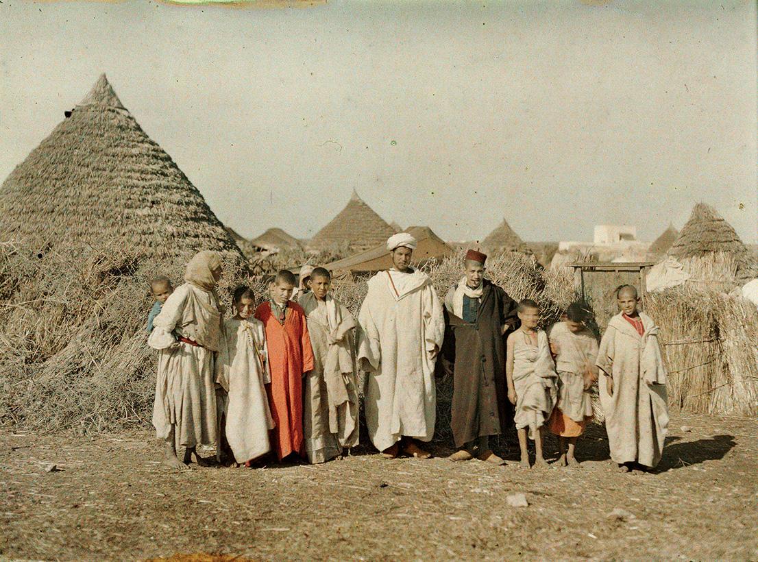 Albert Kahn, Les Archives de la Planète, Stéphane Passet. Morocco, Benguerir, village people, December 1912 / January 1913. © Musée Albert-Kahn, Département des Hauts-de-Seine.