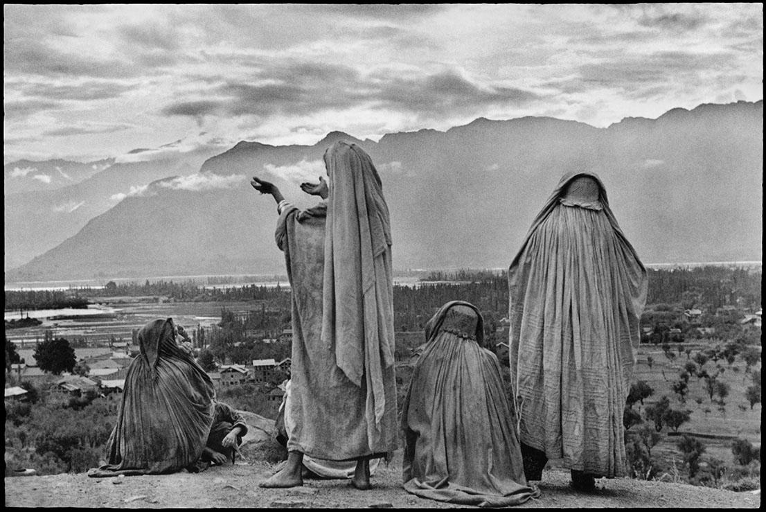 INDIA. Kashmir. Srinagar. 1948. Foto di Henri Cartier Bresson.
