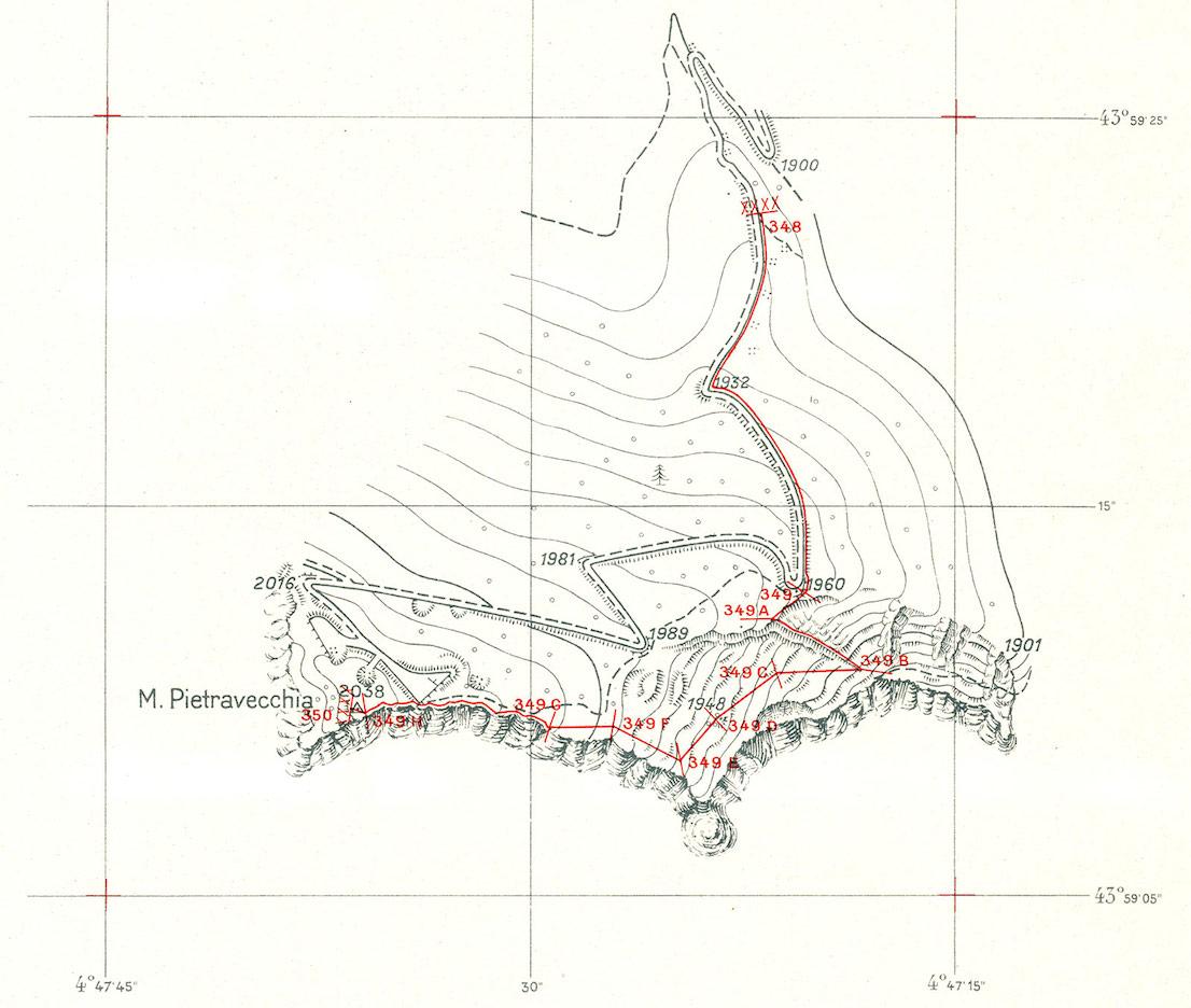 Atlante del confine italo-francese, redatto in occasione dei lavori della Commissione di Delimitazione 1947-48, zona Monte Pietravecchia. Il presente dettaglio rappresenta il tratto di frontiera compresa fra i cippi n. 348 e n. 350. L'equidistanza fra le curve di livello è di 10 metri (dai tipi dell'Istituto Geografico Militare).