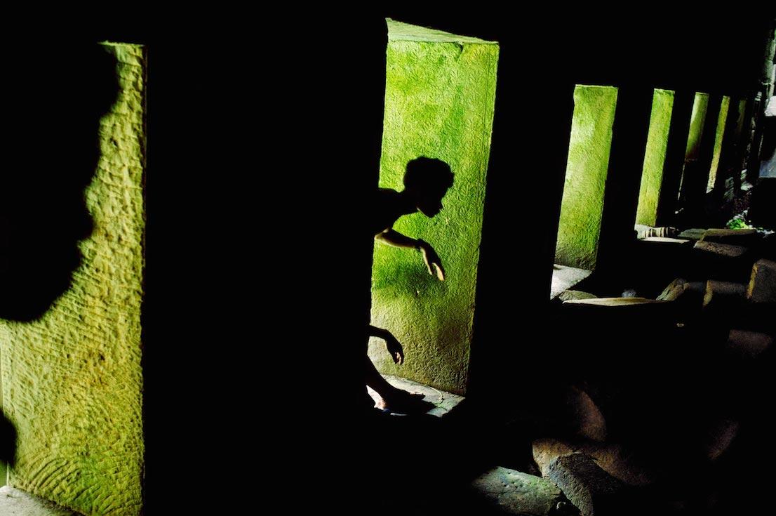 Giochi di ombre, Preah Khan, Angkor, Cambodia, 1999