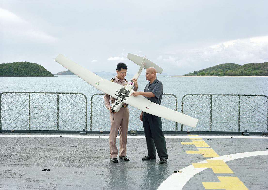 An-My Lê, Demonstration of Puma AE Unmanned Aircraft System, HTMS Nareasuan, Sattahip Naval Taining Center, Thailand, 2010, from Events Ashore (Aperture, 2014). © An-My Lê, courtesy Murray Guy Gallery, New York.