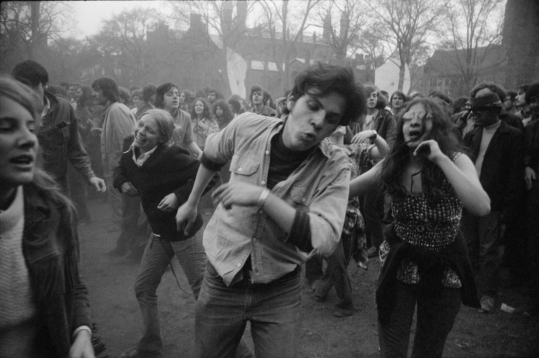 New Haven, Connecticut 1970. Garry Winogrand. The Garry Winogrand Archive, Center for Creative Photography, The University of Arizona. © The Estate of Garry Winogrand, courtesy Fraenkel Gallery, San Francisco.