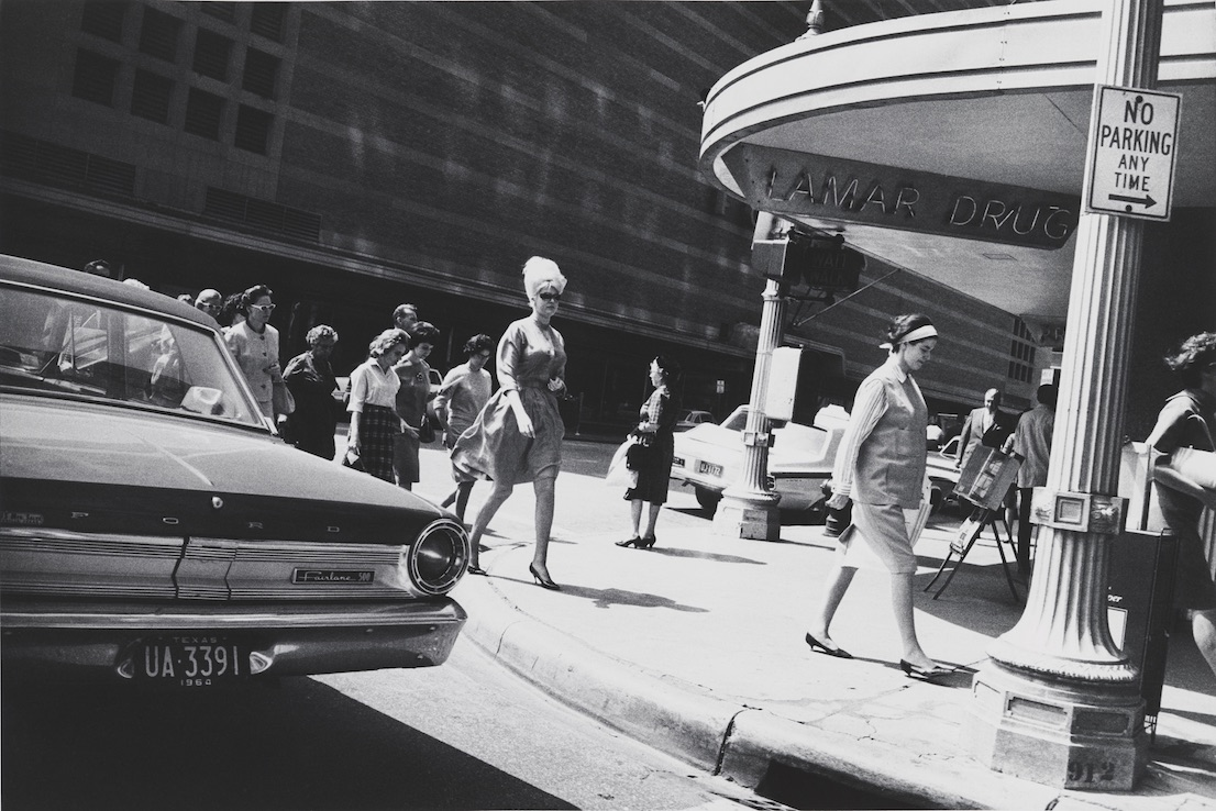 Houston, 1964. Garry Winogrand. The Garry Winogrand Archive, Center for Creative Photography, Université d'Arizona. © The Estate of Garry Winogrand, courtesy Fraenkel Gallery, San Francisco.