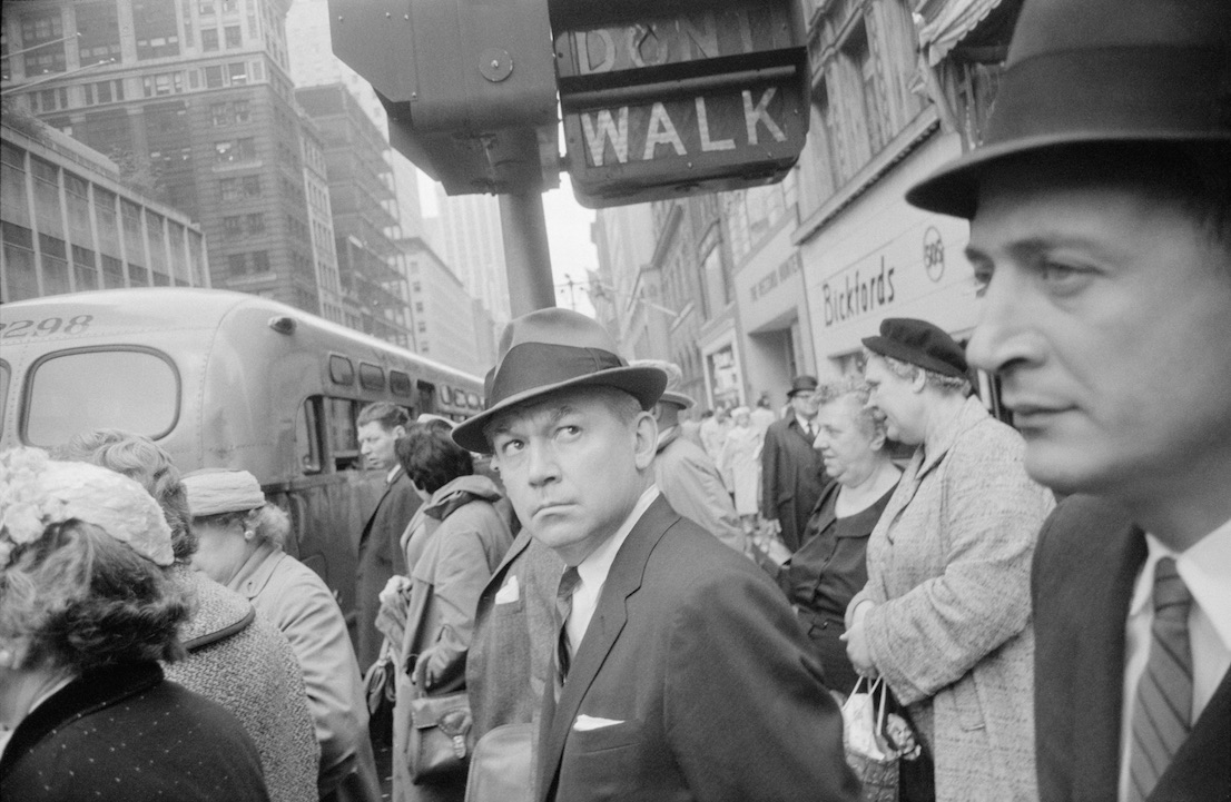 New York, 1962. Garry Winogrand. The Garry Winogrand Archive, Center for Creative Photography, The University of Arizona. © The Estate of Garry Winogrand, courtesy Fraenkel Gallery, San Francisco.
