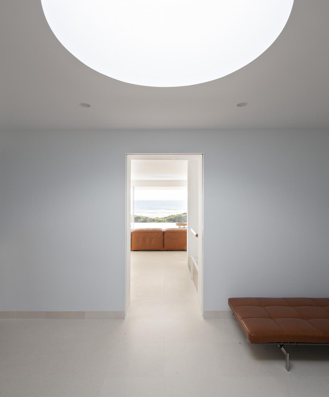 VT House, conosciuta anche come House of the Infinite, è una residenza estiva progettata dall'architetto spagnolo Alberto Campo Baeza.