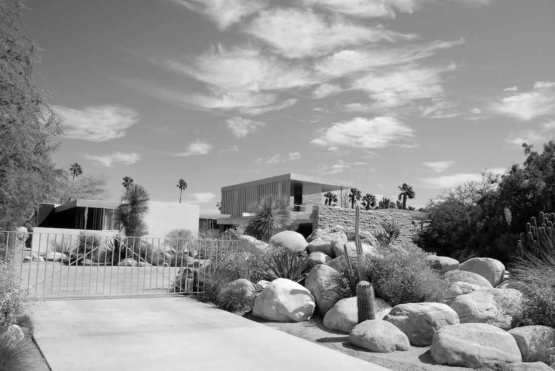 Kaufmann House, Palm Springs, California, designed by Richard Neutra, 1946.