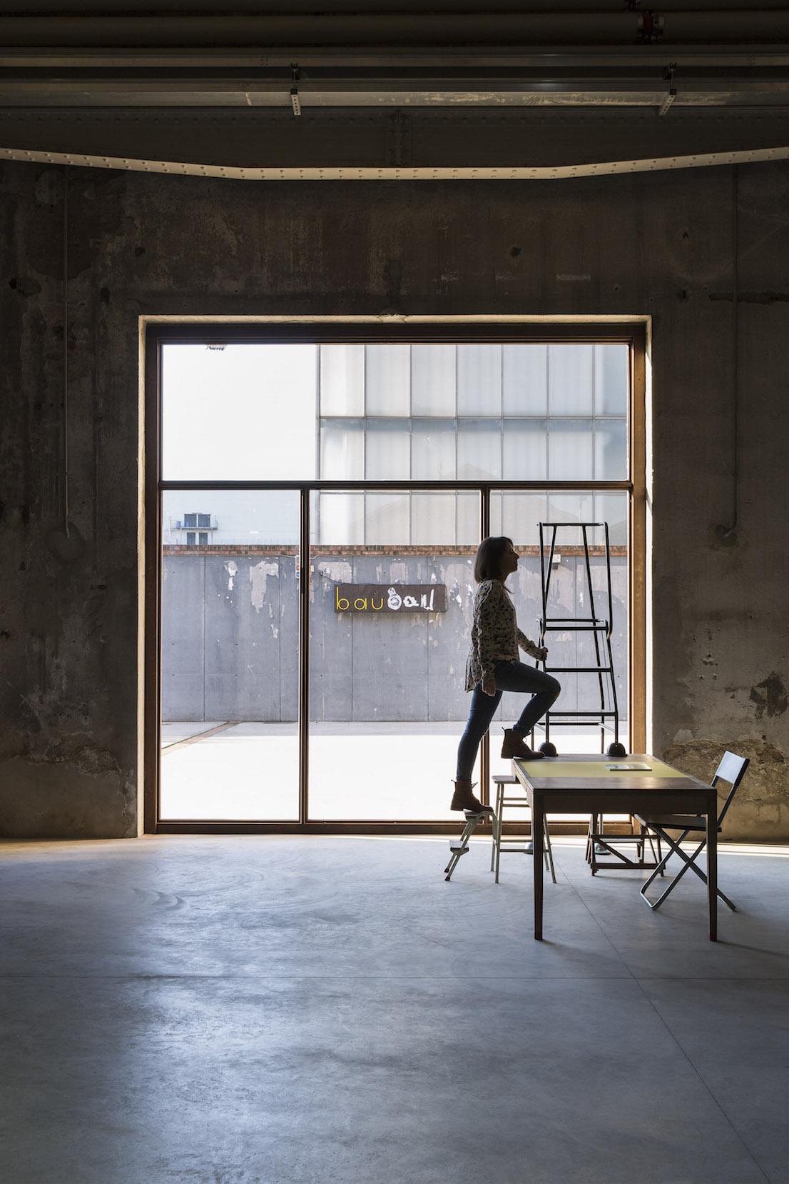 Celine Condorelli The Double And The Half (to Avery Gordon), 2014. Courtesy l'artista, Fondazione HangarBicocca, Milano. Foto Agostino Osio.